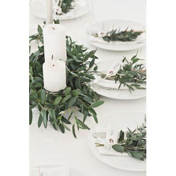 Свечи, зелень - элегантный свадебный декор